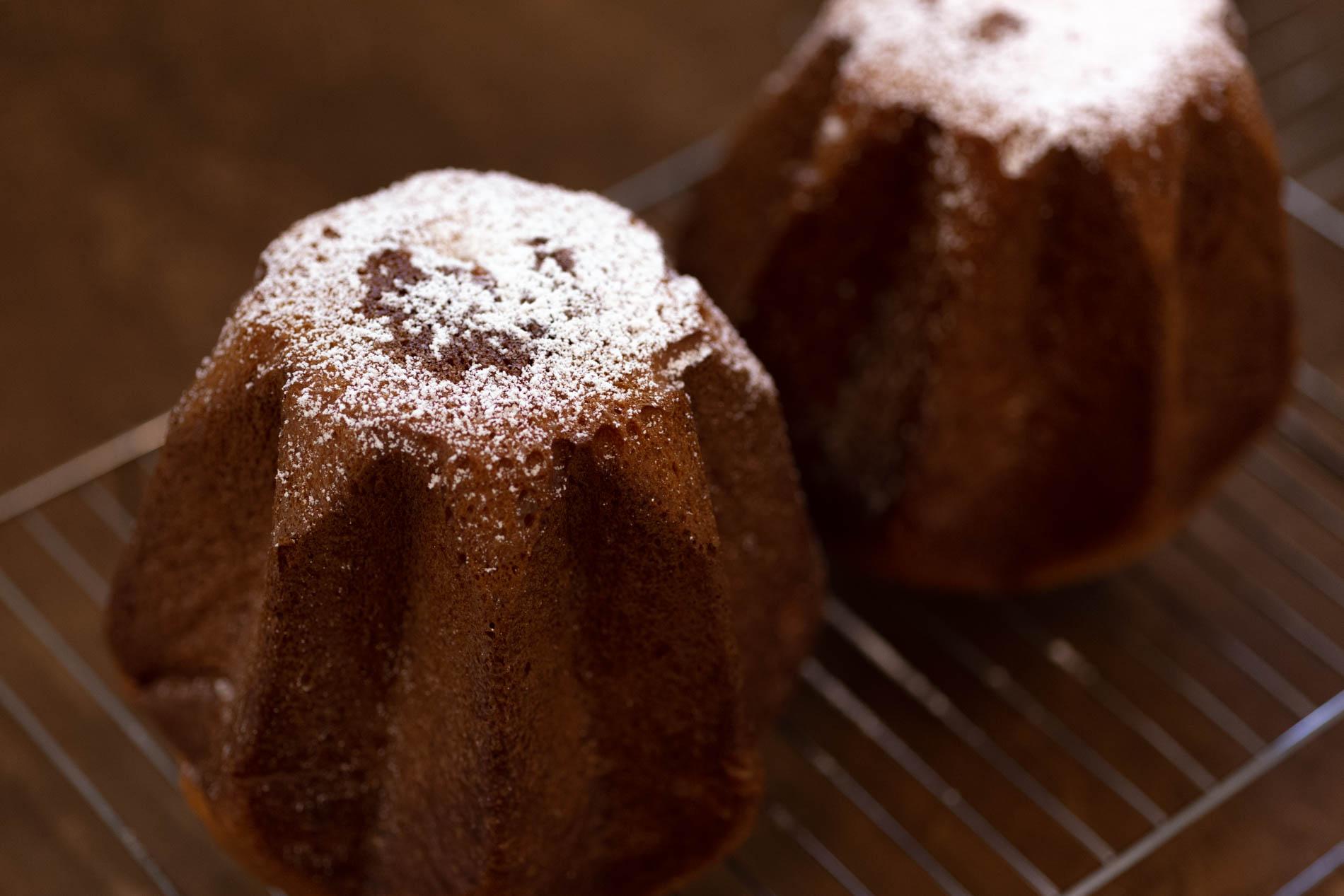クリスマスの人気発酵菓子「パンドーロ」